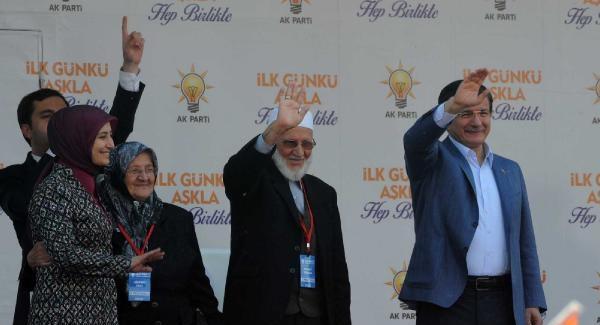 """Davutoğlu: """"Yahu hala hayırda 'hayır' var diyor"""""""
