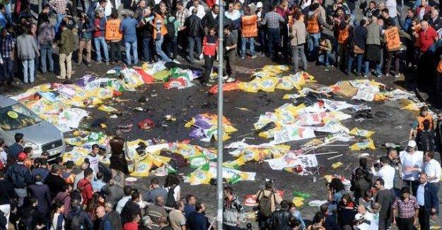 """Katliamın yaşandığı o alan """"Demokrasi Meydanı"""" oldu"""