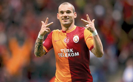 Wesley Sneijder bilmecesi çözüldü! Yıldız oyuncu 2 sene daha Galatasaray'da...
