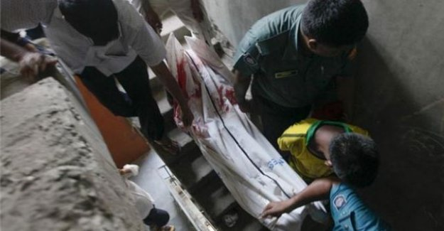 Bangladeş'te vahşet! Laiklik yanlısı yazar palalı saldırı sonucu öldürüldü!
