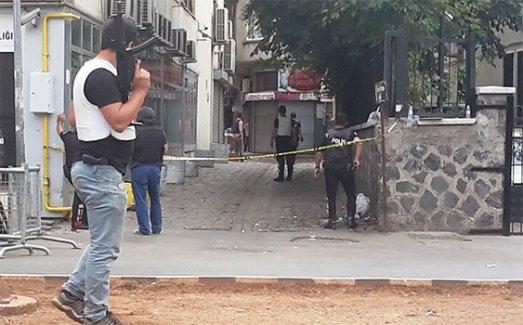 Diyarbakır'da çatışma sesleri! Hendek kuran teröristler güvenlik güçlerine saldırdı