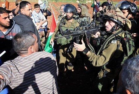 Dünya gözünü Fransa'ya dikmişken İsrail terörü de boş durmuyor