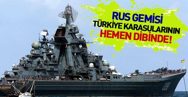 """Rusya'dan donanma hamlesi! """"Moskova"""" Türk karasularına yaklaştı!"""