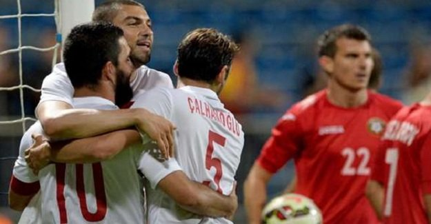 Türkiye-Yunanistan maçının ilk 11'leri belli oldu!