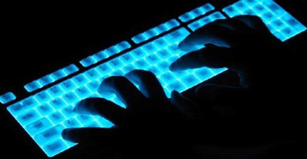 Twitter çok yavaşladı! Nedeni IŞİD - Anonymous sibe savaşı mı?