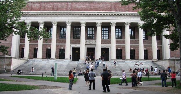Üniversitede bomba paniği!
