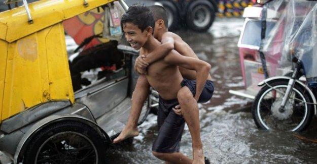 Filipinler'de tayfun: 45 ölü