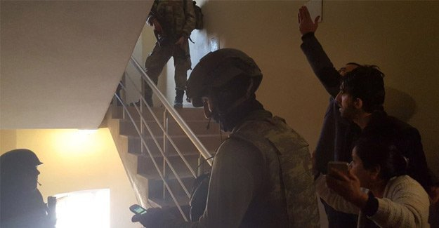 HDP'li vekilin evine baskın düzenlendi