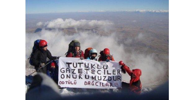ODTÜ'lü Öğrencilerden Can Dündar'a Dağda Destek!