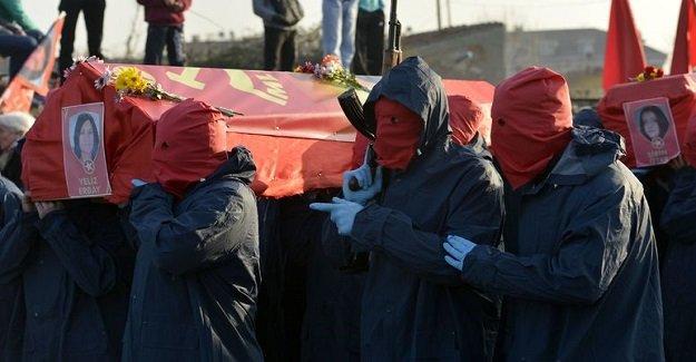 Terörist cenazesindeki gruba ilişkin valilikten açıklama geldi!