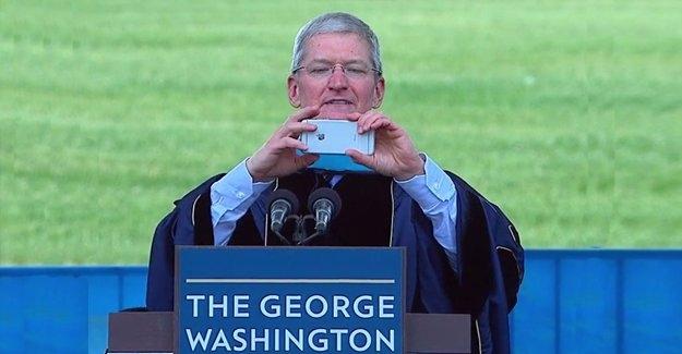 Apple'ın CEO'su bir fotoğrafla rezil oldu