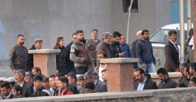HDP'li vekilden skandal! Yine katıldı