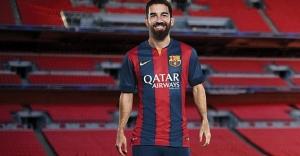 Arda Turan, Barcelona'nın zaferini attığı tweetle kutladı!