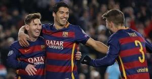 Cüneyt Çakır Barça'ya uğurlu geldi! (Barcelona 6-1 Roma)