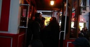 İstanbul Taksim'de eylem! Tramvayı işgal ettiler!