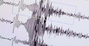 İzmir'de 3.7 büyüklüğünde deprem- Son depremler